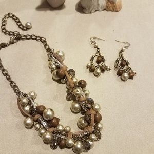 Chico's necklace and earring set in earth tones